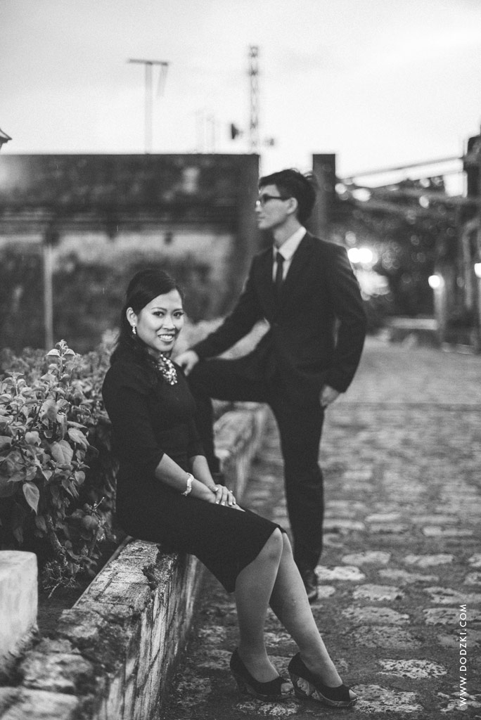 Black and White Fort San Pedro - E-session of Joel and Abigail