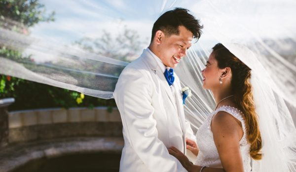 How to Make a Wedding Day Timeline Work